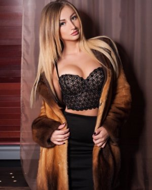 Mazarine outcall escorts