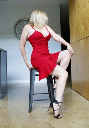 Margareth independent escorts in Alameda